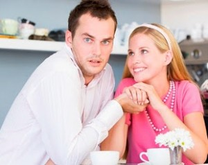 5 Signs of Guy Fear of Commitment You Need To Know And Run