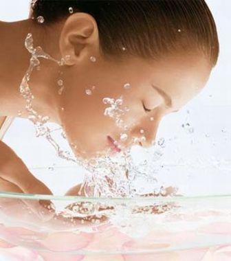 Easy Skincare Treatment through a Holistic Approach