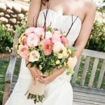 Your wedding flower arrangements: Tips to get what you want