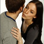 Kissing Or Hugging For Social Greeting – Cultural Differences You Cant't Ignore