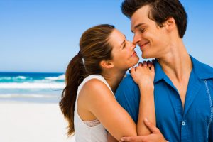7 Sure True Signs that prove you are in Love