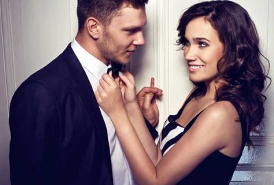 7 Signs to Show when a Woman is Flirting with you