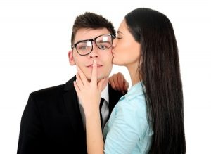 9 Signs To Show You Are An Obsessed Lover