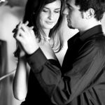 4 Romantic Moves That Will Make Her Fall In Love With You All Over Again