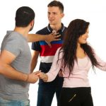 Is Your Boyfriend Domineering? 10 Signs That Show You Have a Domineering Boyfriend