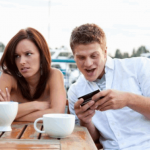5 Ways Being an Extrovert Can Affect Your Relationship