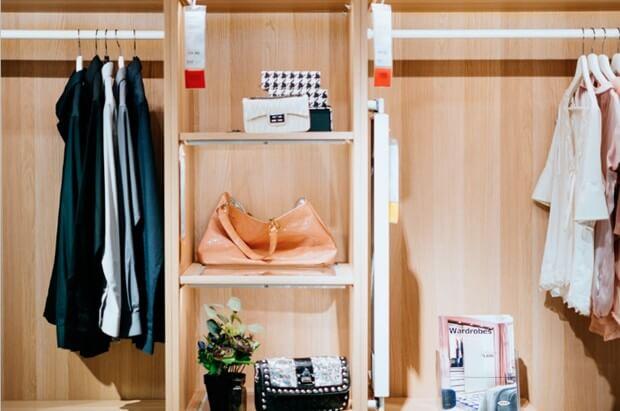 Accessorize A Capsule Wardrobe
