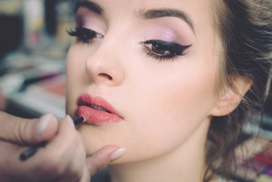 Beauty Looks for a Hot Date